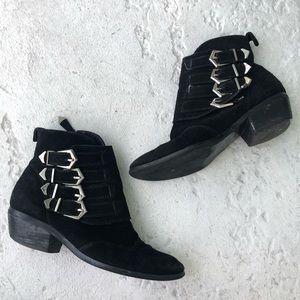 Steve Madden black suede booties w/buckles size 8